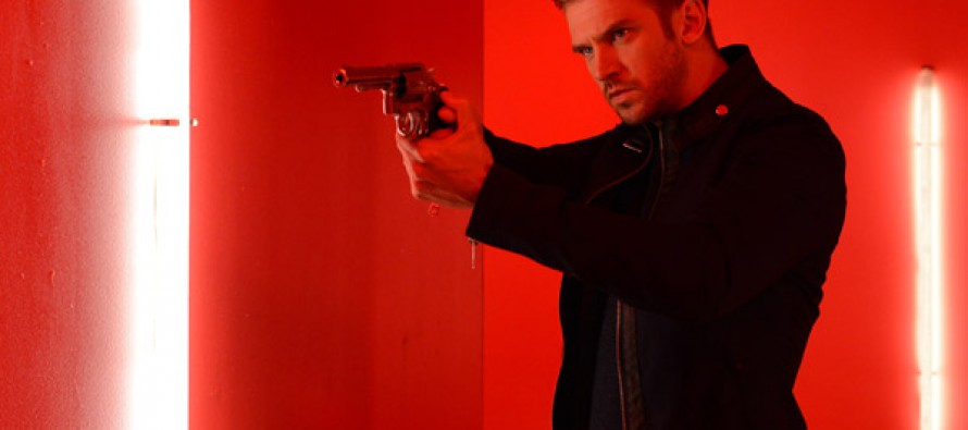 Primer teaser de The Guest de Adam Wingard