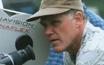 Joe Johnston dirigirá un film de aliens con Extinction