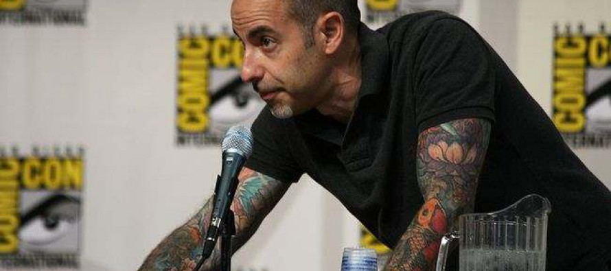 David Goyer vuelve al ataque con The Breach
